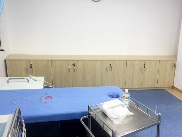 病房儲物柜